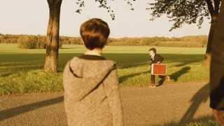 Arno SANTAMARIA 'Debout ( Je me sens bien )' clip officiel