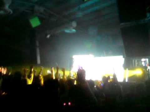 DJ Eco - Drowning (Original Mix) Live @ Istmo Fest 3.0 El Salvador 24.07.2010