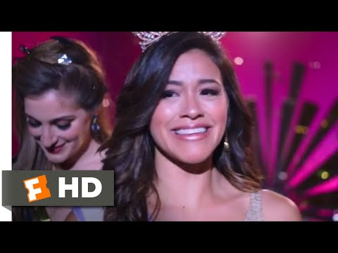Miss Bala (2019) - Just Smile and Accept Scene (8/10) | Movieclips