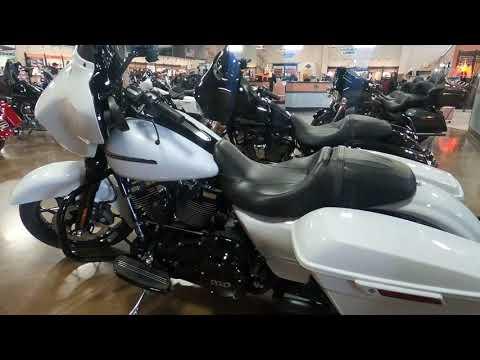 2020 Harley-Davidson Street Glide® Special in Mauston, Wisconsin - Video 1