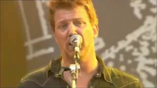 Josh Homme  Best Live Guitar Solos (Queens Of The Stone Age)