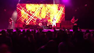 311-Lucky (Live in Hartford CT 8/21/2018)