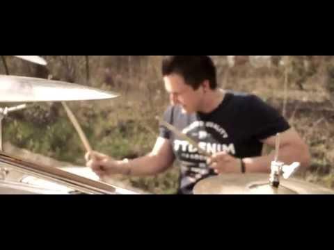 Honem - ★ H O N E M ★ V pozoru na rohu (videoklip 2015)