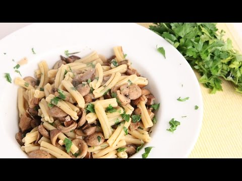 Sausage & Mushroom Pasta Recipe – Laura Vitale – Laura in the Kitchen Episode 975