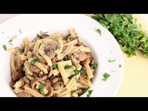 Sausage & Mushroom Pasta Recipe – Laura Vitale – Laura in the Kitchen Episode 975