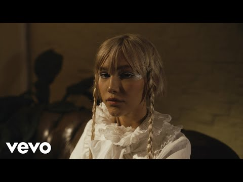 Grace VanderWaal - I Don't Like You (Official Video)