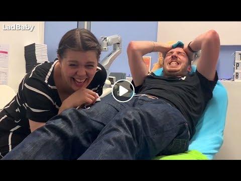 When Dad tries a Labour Pain Simulator 🤰😱