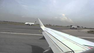 preview picture of video 'FCO - LIN - Alitalia Embraer 175 Departure - Full HD'
