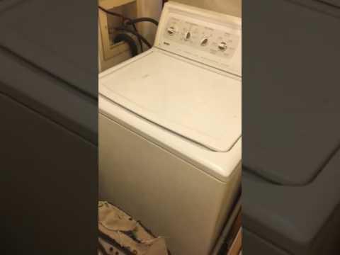 Singing along to the washing machine