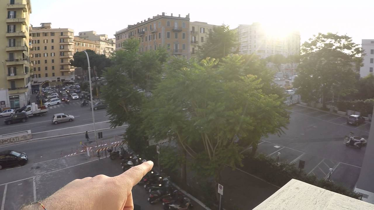 Room for rent in 3-bedroom apartment with balcony - San Giovanni