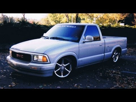 Slammed Mini Truck : GMC Sonoma