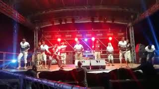 Mntuyenziwa mnandi ebhemile performing at Tshatha Music Festival