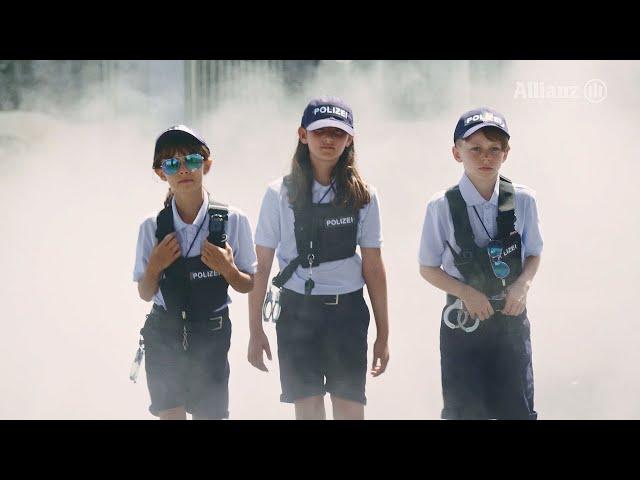 Allianz | Regarde, écoute, avance: pas de téléphone sur la route