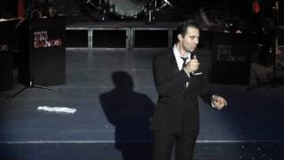 Darius Campbell singing  Feeling Good