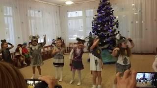 Танец маленьких мышек на новогоднем утреннике