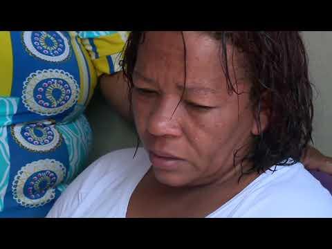 Mãe de menina de 8 anos chora ao lembrar do momento em que encontrou a filha baleada na cabeça