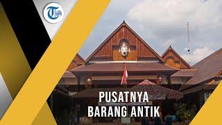 Pasar Triwindu Ngarsopuro, Surakarta - Pusat Jual Beli Barang Antik di Kota Surakarta