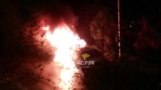 Две машины сгорели на улице Свечникова