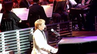 Barry Manilow @ O2 Arena, London (06/05/11) - I Write the Songs