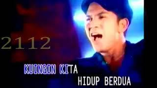 Download lagu Trio Libels Cinta Pertama Mp3