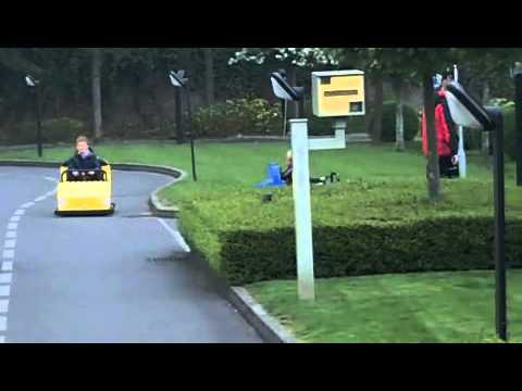 LEGO® City Driving School