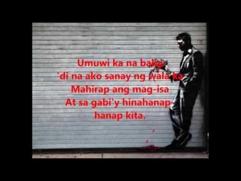 Kung paano upang linisin off ang mga kuko na may isang halamang-singaw