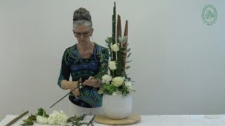 How To Make A Flower Arrangement For Your Home
