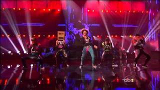 Party Rock Anthem/Sexy And I Know It (With Keenan Cahill, LMFAO, Justin Bieber  David Hasselhoff)