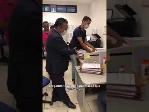 Dudu entrega relatórios da CPI dos Transportes de Teresina e sugere quebra de contrato