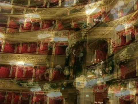 Addobbo floreale Teatro alla Scala