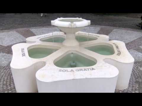 Átadták a Reformáció Emlékforrást a Budai Várban - video preview image