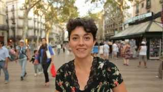 preview picture of video 'Guide to Barcelona; Las Ramblas, Barri Gotic and Backstreet Barcelona, Spain'