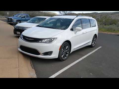 Dodge Durango wheels on 2017 Chrysler Pacifica