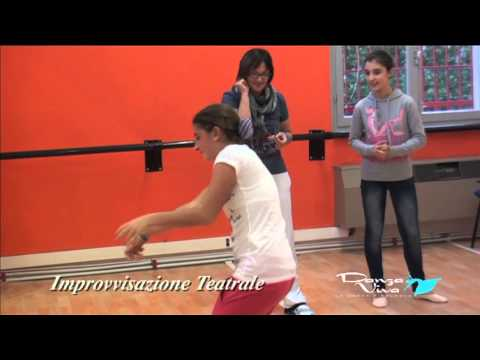 Preview video Lezione di Improvvisazione Teatrale