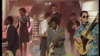 The Specials - Ghost Town (TOTP)
