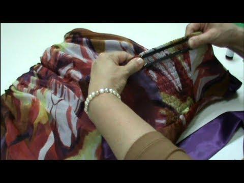Inquirir el pecho con implantami