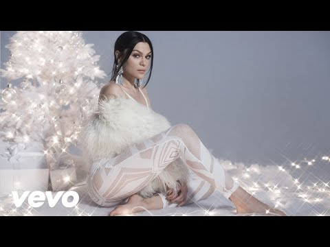 Jessie J - Man With The Bag - OFFICIAL VIDEO (PC Version)