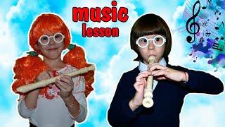 Типы учеников на уроке музыки. Школьники сняли клип?