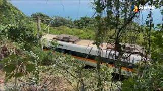 Cel puţin 36 de morţi şi zeci de răniţi în urma deraierii unui tren în Taiwan