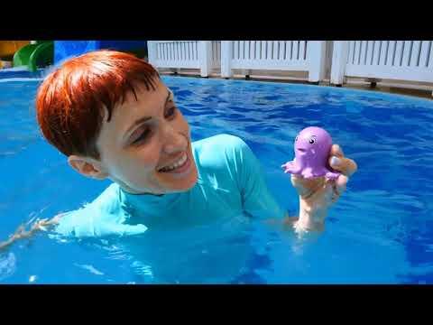 Una bella giornata per le macchinine in piscina - video per bambini compilation