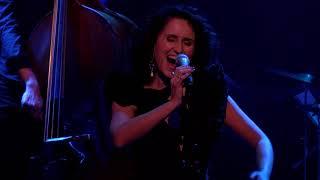Maria Mendes - HÁ UMA MÚSICA DO POVO [Live in Holland]