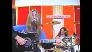 """Angra em """"Heroes of Sand"""" no Estúdio Showlivre 2005"""