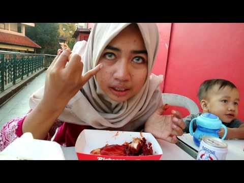 mp4 Richeese Bogor, download Richeese Bogor video klip Richeese Bogor