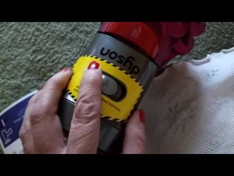 Dyson V7 Motorhead Cordless Bagless Stick Vacuum