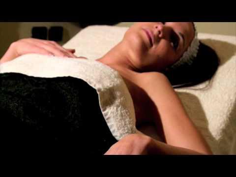 Esercitazione video di yoga per la colonna vertebrale cervicale