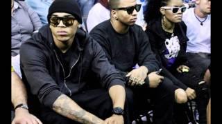 Chris Brown ft. DJ Drama - Boing