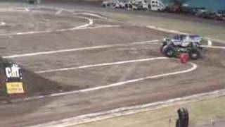 preview picture of video 'Motor Xtreme IV Ramat gan, Israel 2007'