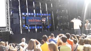 preview picture of video 'Sale el Sol Musical de Los Miserables Zaragoza'