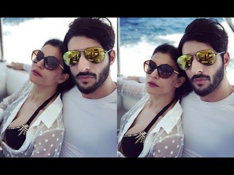 Sushmita Sen's Hot Picture With Boyfriend Rohman Shawl