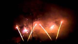 preview picture of video 'Ohňostroj Děčín (13.5.2011)'